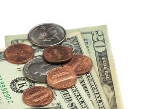 dinero billetes y monedas 400x300